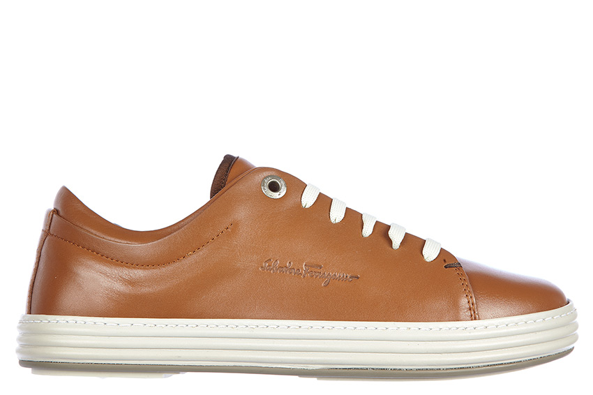 Leather Sneakers / Trainers in Brown