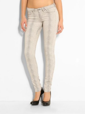 7e276549b6c603 Details: Guess Women's Jegging Animal Jacquard Pant / Trousers